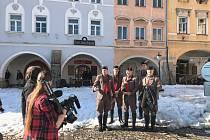 Natáčení filmu Poslední závod se zúčastnil i člen TJ Sokol Votice Jan Houdek, který spolu se Sokoly z dalších měst doplnil kolorit občanstva, k němuž sokolové na přelomu století patřili.