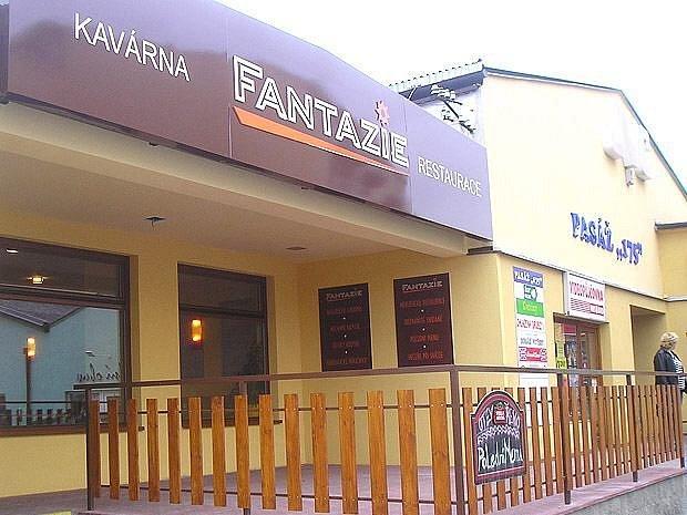 Nekuřácká restaurace a kavárna Fantazie