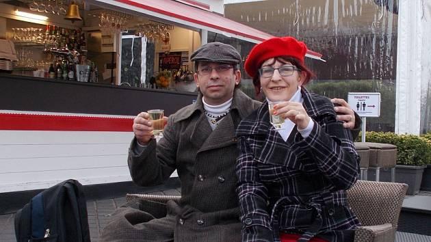 Manželé Martina a Václav Fišerovi z Vlašimi při návštěvě Paříže během černého víkendu začínajícího pátkem 13. listopadu.