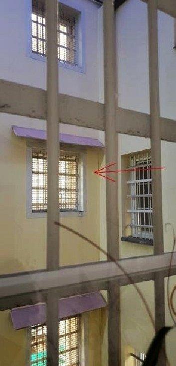 Cela 311, vazební věznice Teplice, kde si aktuálně odpykává trest někdejší hejtman Středočeského kraje David Rath.