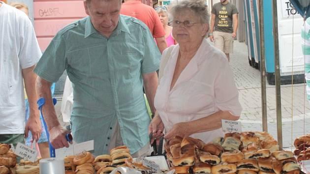 Benešovské posvícení začalo v sobotu trhem, skončilo pak v pondělí Pěknou hodinkou s Moravankou.
