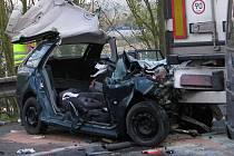 Nehoda od 16.15 hodin do večera blokovala silnici I/3 u Pyšelky.