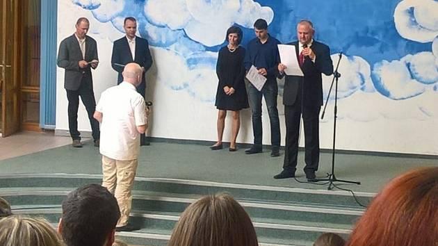 Vyhlašování výsledků třetího ročníku soutěže Středoškolská odborná činnost v oboru stavebnictví.