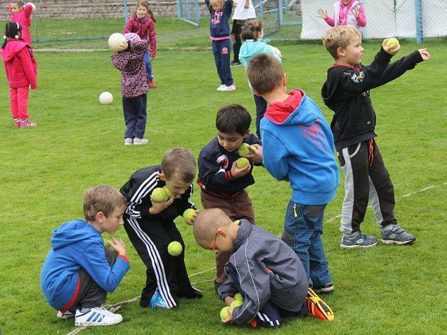 Nábor dětí na fotbal Benešově ve spolupráci s FAČR.
