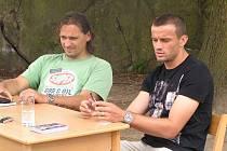Fotbalový kemp v Jablonné nad Vltavou navštívil s patronem Markem Kinclem i sparťanský stoper Erich Brabec.