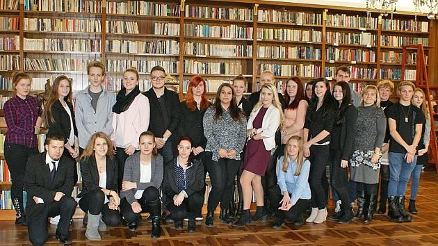 Benešovští studenti si prohlédli architektonicky zajímavé prostory Pražského hradu.