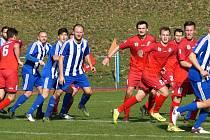 Fotbalisté Votic (v červeném). Ilustrační fotografie.