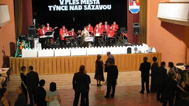V. ples města Týnce nad Sázavou