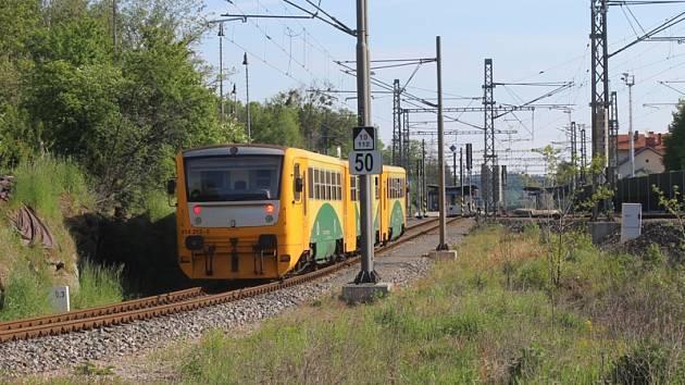 Mezi Olbramovicemi a Sedlčany začnou od září jezdit v pracovních dnech odpoledne nové spoje. O nasazení soupravy Regionova (na snímku) se zatím neuvažuje.
