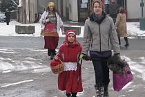 Jankovská škola poskytuje zázemí a spolupořádá Masopust.