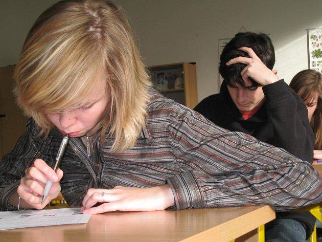 Studenti při poslechu