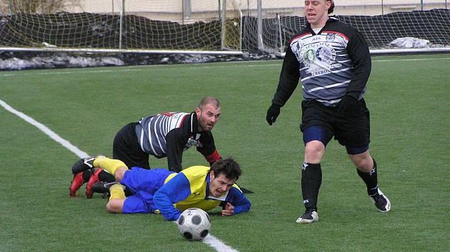 Divizní fotbalový zápas Benešov - Třeboň 0:0.