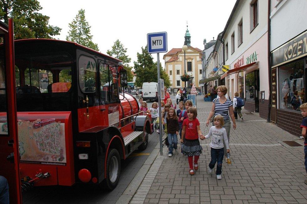 S benešovským ekovláčkem vyjely i děti ze školy.