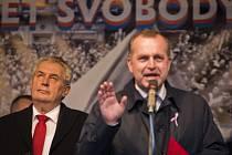 Prezident Miloš Zeman si 17. listopad na Benešovsku nepřipomene a na veřejném shromáždění si ho nepřipomenou ani starostové Benešova a Vlašimi.