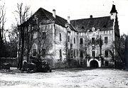 Zvěstovský zámek v historii.