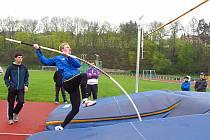 Štěpán Rillich zvítězil v juniorském desetiboji v celkovém součtu 4409 bodů. Ve skoku o tyči skočil 260 cm.