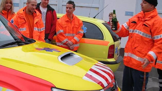 Křest automobilu Subaru Forester pro službu rendez vous v benešovské záchranné službě.