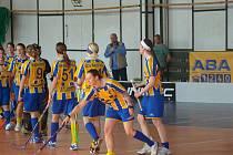 Benešovské ženy se radují po gólu Bedlekové.