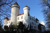 Stání zámek Konopiště.