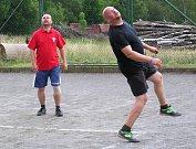 Nohejbalový turnaj v Ostředku.