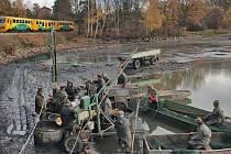 Výlov Svarovského rybníku.