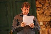 Díky literárnímu pořadu se mohli zájemci do třebešického zámku podívat.