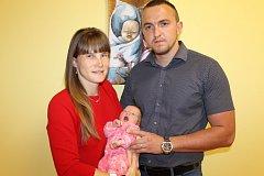 Manželé Hana a Miloš Vanišovi se od 20. dubna radují z první dcerky Valentýny Vanišové. Ta se narodila v benešovské porodnici v 10.57, kdy vážila 3 570 gramů a měřila 50 centimetrů. Doma v Líšně na sestřičku čekal její bráška Miloš (28 měsíců).