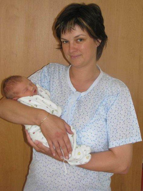 Zuzaně a Radkovi Šťastným ze Lštění se 17. června v 21 hodin a 20  minut narodil syn Vojtěch. Měřil 48 cm a vážil 3,44 kg. Má staršího bratra Ondřeje (2)
