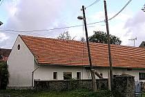 V neděli 1. září zahrozil červený kohout v Blaženicích na Neveklovsku. Začínající požár hospodářského objektu se podařilo obyvatelům a dobrovolným hasičům podchytit včas