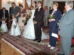 Na Konopišti si ano řekli 25. srpna 2012 Ivana Pudilová ze Sestrouně a Tomáš Prostecký z Prahy.