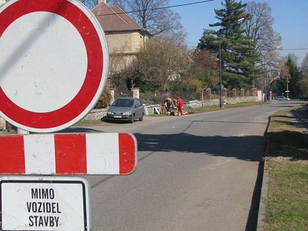 Benešovská ulice Ke Stadionu je uzavřená do 12. srpna.