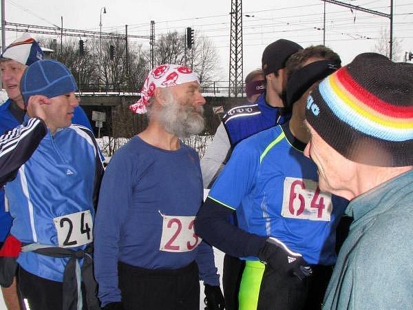 V nedělních dopoledních hodinách (22. února) se bežci zúčastnili běhu na čerčanský Chlum