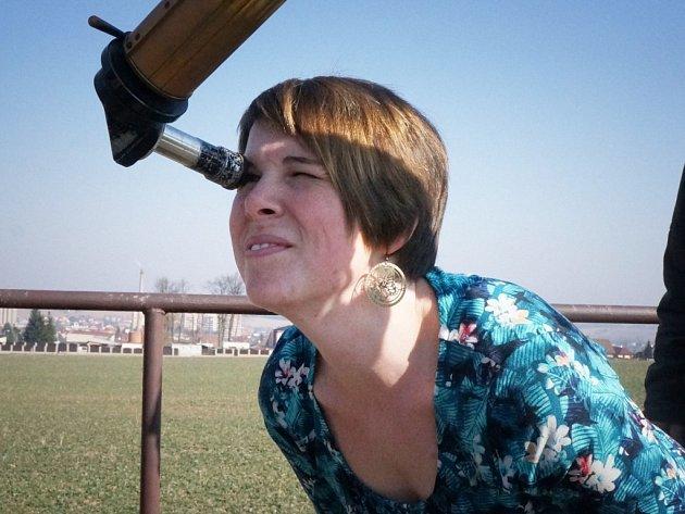 Hvězdnou oblohu mohou sledovat zájemci na vlašimské hvězdárně i v létě.