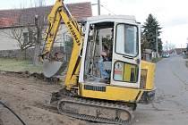 Výstavba kanalizace a čistírny odpadních vod v Bukovanech by měla trvat jeden rok.