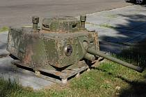 Jedním ze získaných exponátů je věž z tanku Strv m/41.