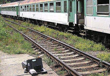 Kolejiště zastávky Mrač ve čtvrtek dopoledne.