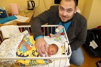 Manželům Zuzaně a Vratislavu Kučovým se 9. listopadu v 19.05 narodil prvorozený synek Kryštof Jiří Kuča. Při narození malý Kryštof měl 3 000 gramů a 49 centimetrů. Rodina bude žít v Jiříně u Bystřice.