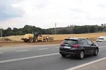 Příprava stavby turbokřižovatky U Topolu v pondělí 29. července.