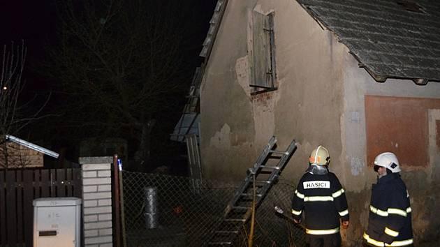 Požár v Nespekách se obešel bez zranění.