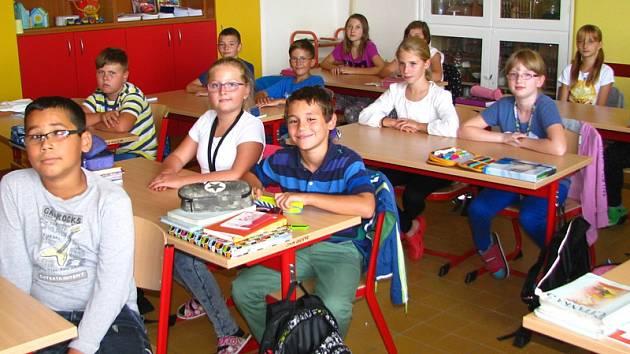 Základní škola Na Karlově zahájila školní rok s několika novinkami.