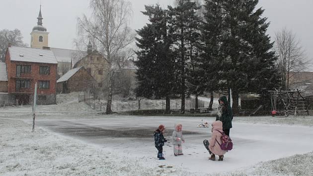 Zima v Louňovicích pod Blaníkem.