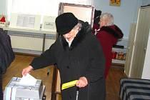 První minuty 2. kola prezidentský voleb v 6. okrsku v Benešově.