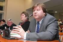 Na snímku starosta Vlašimi Luděk Jeništa, v kraajském zastupitelstvu nezávislý starosta a ve sněmovně poslanec za TOP 09.