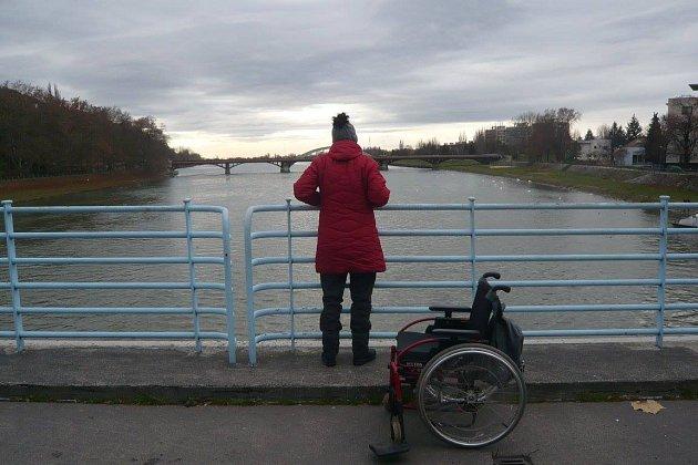 Operace ji usadila na vozík, ona se však chce opět rozběhnout