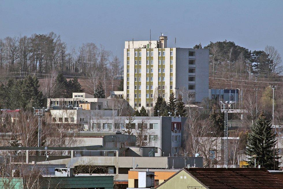 Benešov při pohledu ze střechy kostela sv. Anny - Institut pro veřejnou správu.