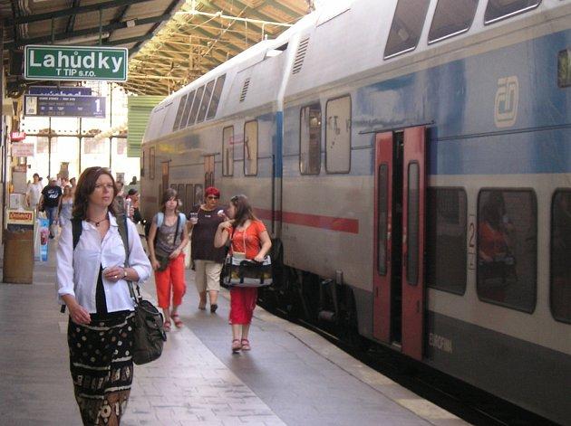 Patrové CityElefanty dorazí do Benešova jen o víkendech.