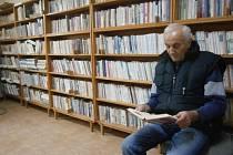 Ve Veliši budují knihovnu i archiv.