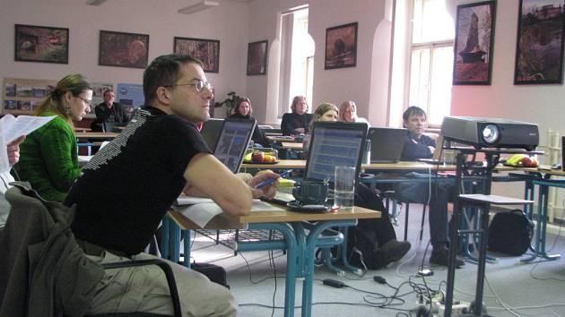 Výběrové řízení se na Benešovsku týkalo patnácti škol.