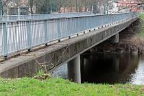 Rekonstrukce mostu v Čerčanech má začít ve čtvrtek 2. května.