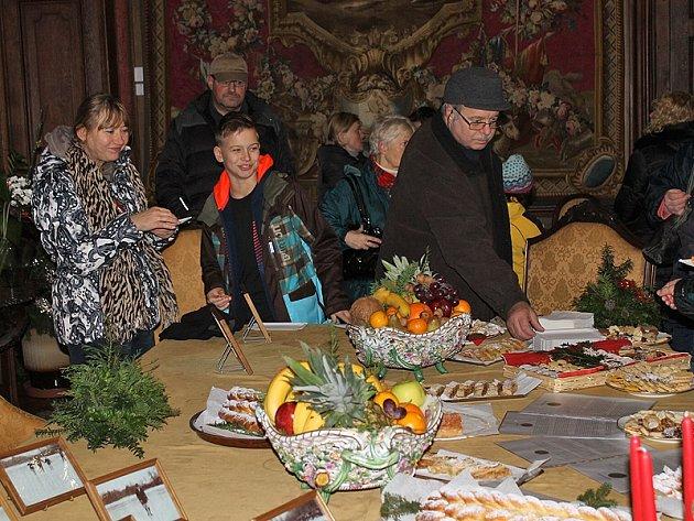 Předvánočního setkání na Konopišti využily stovky návštěvníků.